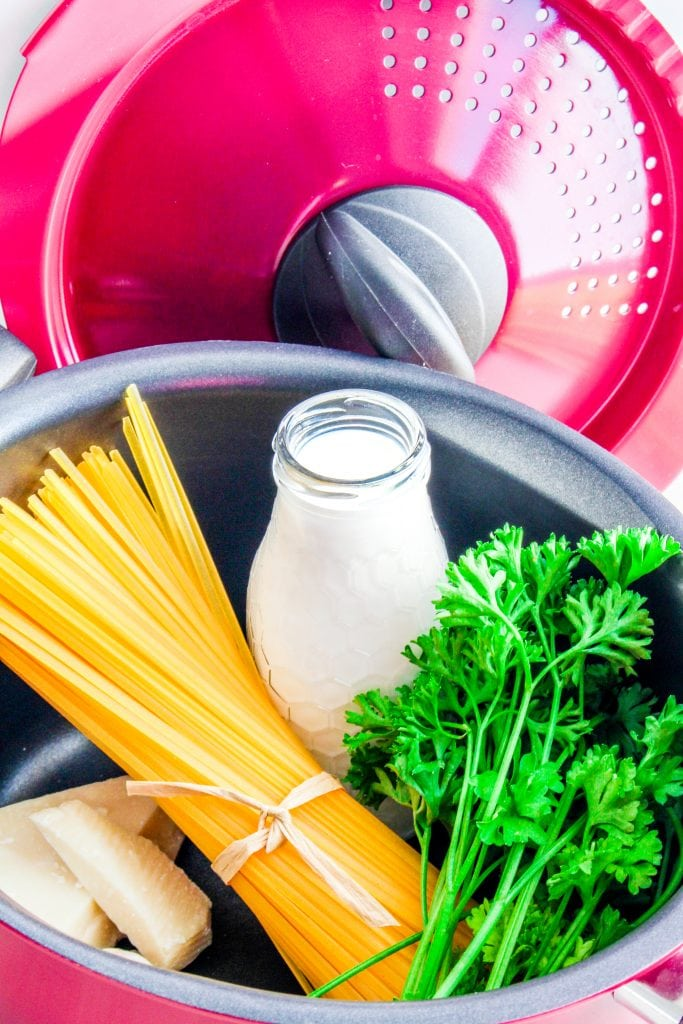 Easy 3-ingredient Gluten Free Alfredo Sauce recipe + the best pot for cooking gluten free pasta!