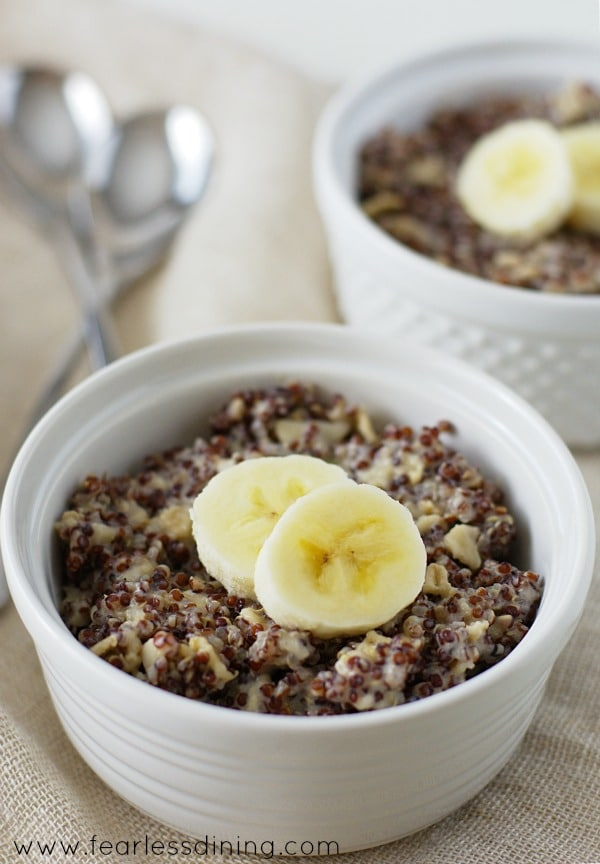 Easy Vegan Quinoa Breakfast Bowl