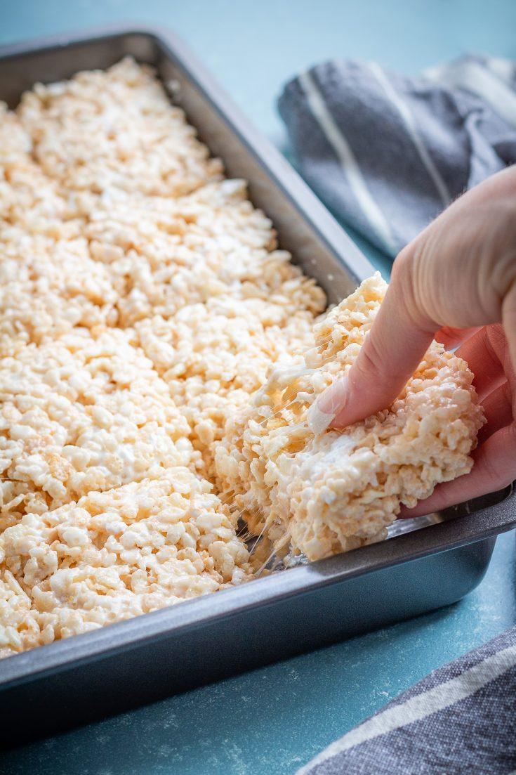 Rice Krispie Treats {gluten free & dairy free option}